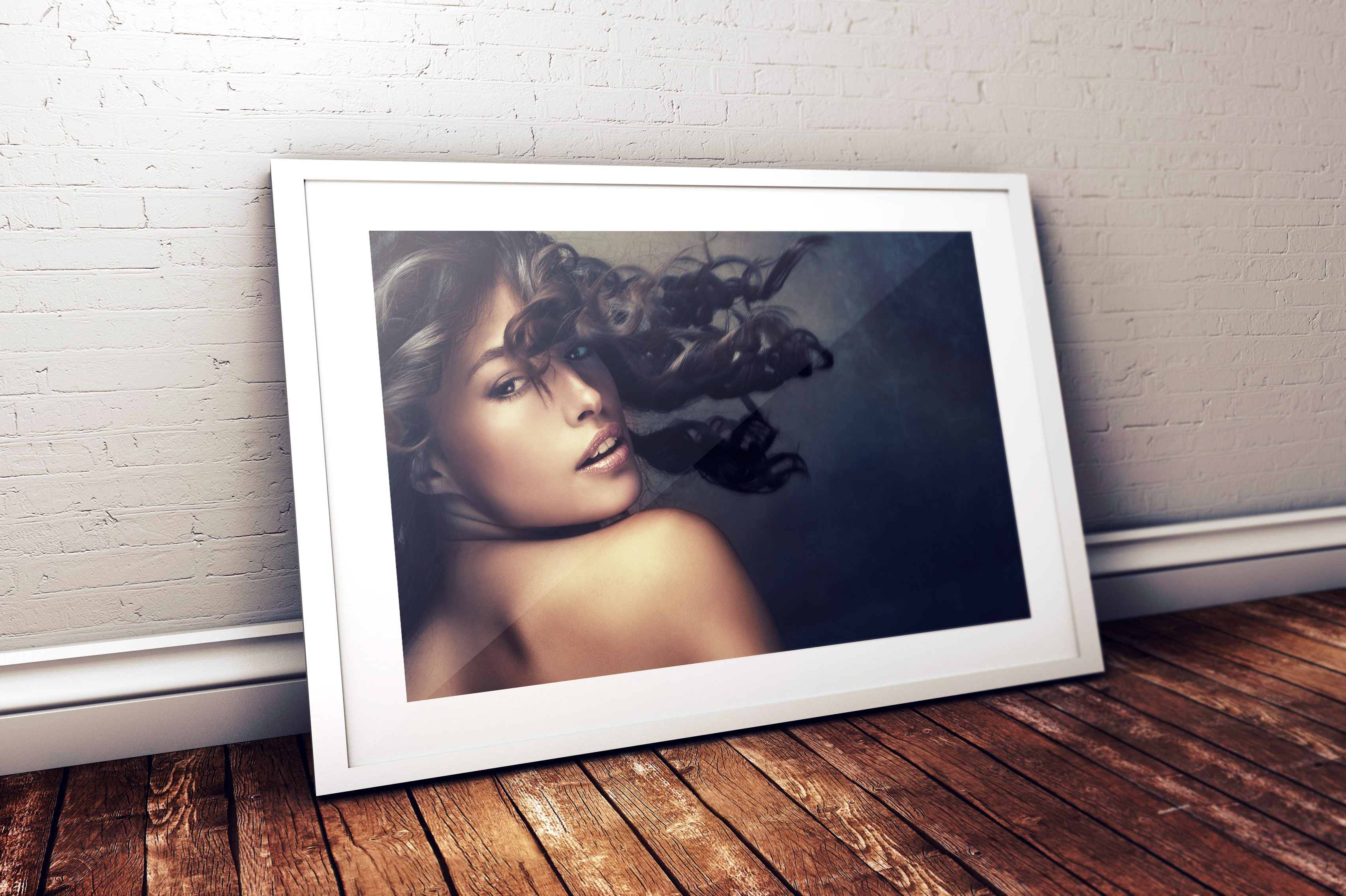 Photo-Frame-Mockup-White
