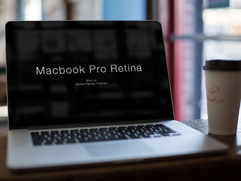 macbook_mock-up_cafe