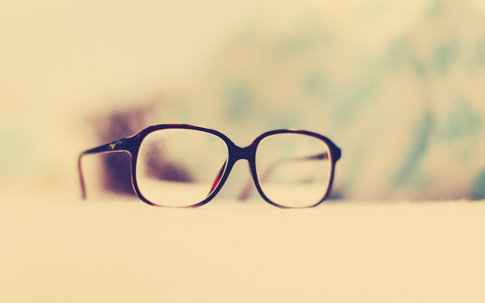 mood-glasses-warm-picture-photo-vintage-hd-wallpaper