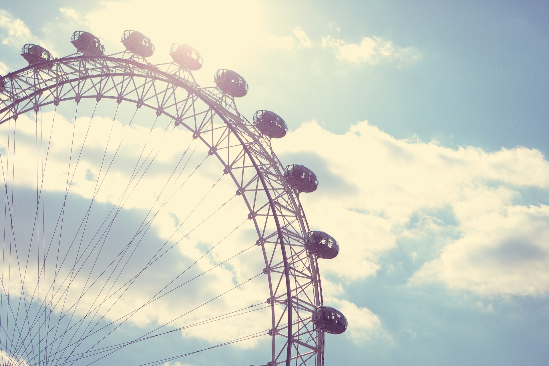 vintage-amusement-park-photography-beauty-hd-wallpaper-blue-sky-photography