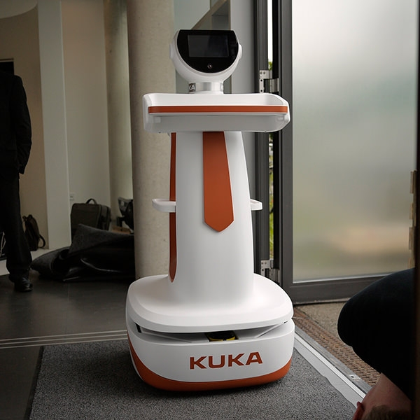 serviceroboter-for-kuka-laboratories