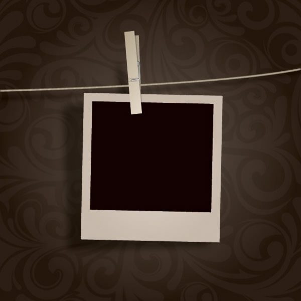 blank-photo-hanging_card_psd_free