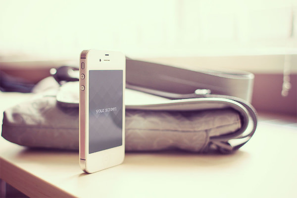 Free iPhone 5 Photorealistic Mockup