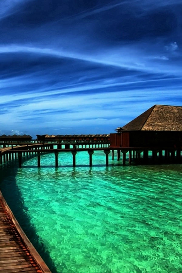 Beautiful Ocean Maldives View iPhone 4 Background