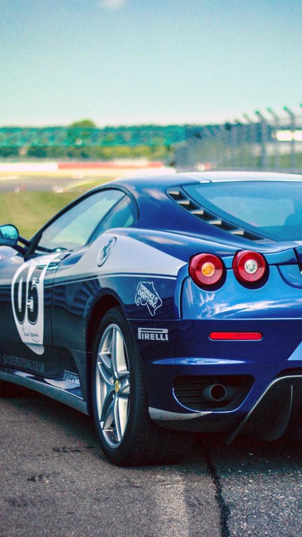 Free HD Ferrari Background For iPhone