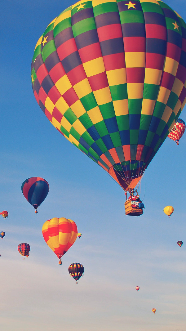 Hot Air Balloon HD iPhone 6 Background