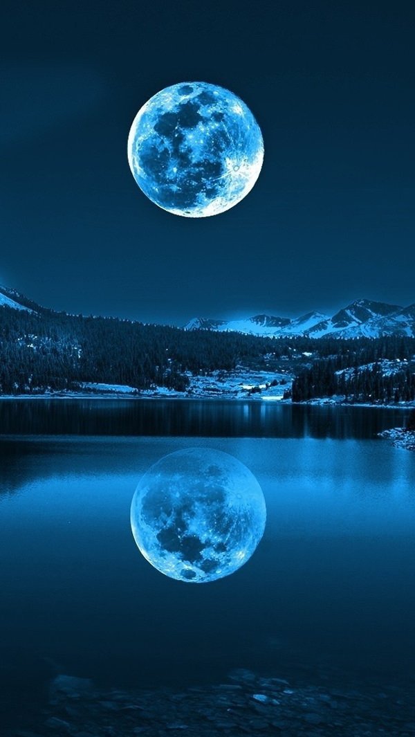 moon in cold lakes iphone 5s background
