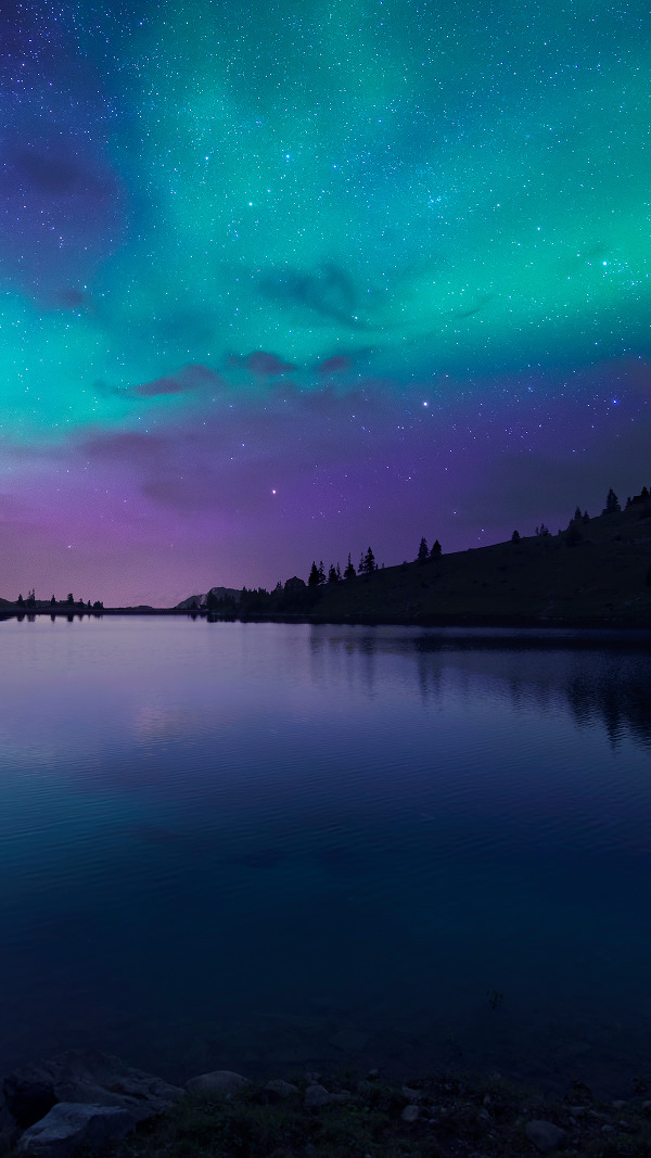 Night Fall at Lake Aurora iPhone 6 Background