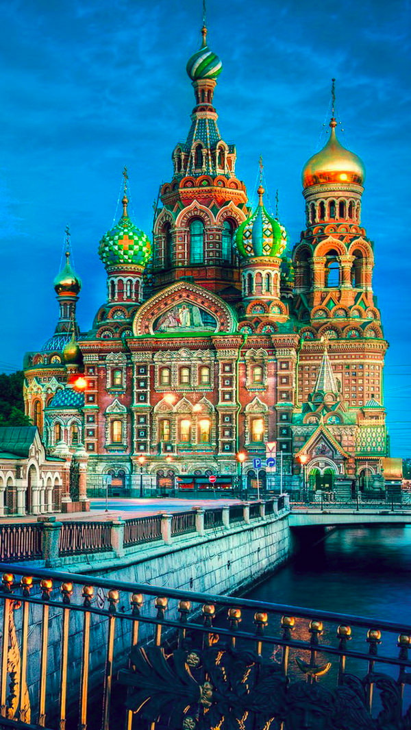 St Petersburg iPhone 5s Background For Free