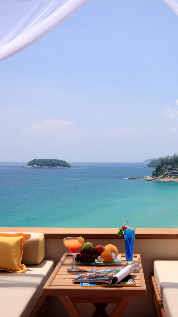 Summer Ocean View iPhone 6 Background