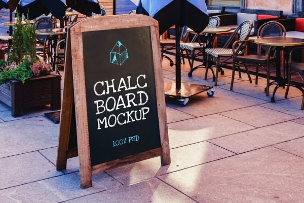 download free chalkboard mockup
