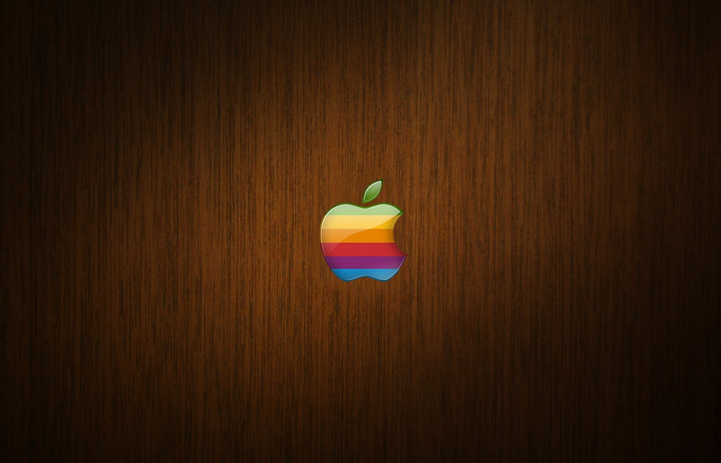 Dark Wood Mac Wallpaper