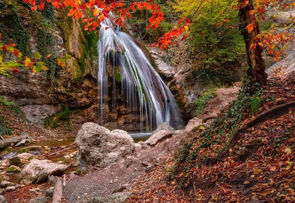 Fabulous Waterfall Wallpaper