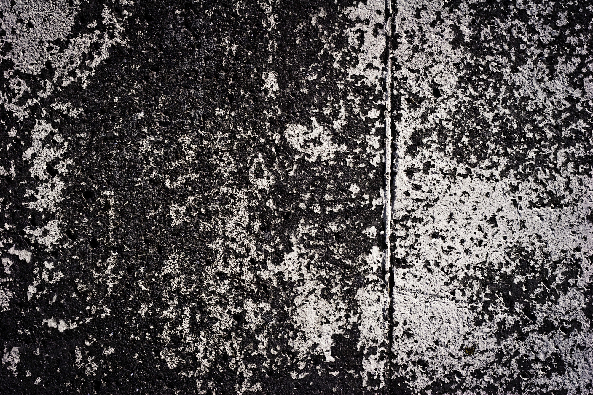 Free Black Grunge Concrete Wall Texture