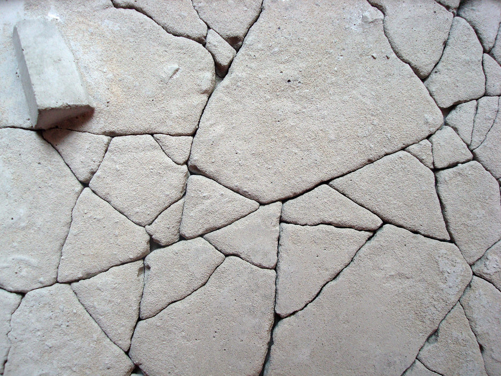 Free Cracked Concrete Texture Download