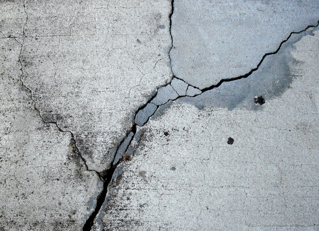 Free Cracked Concrete Texture For You