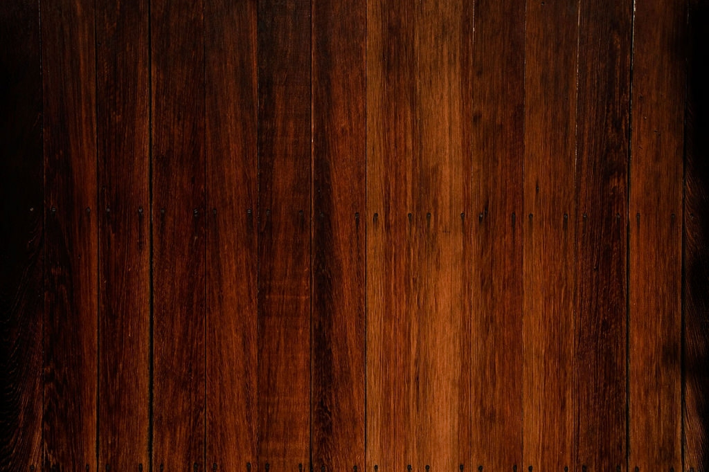 Free Dark wood Background