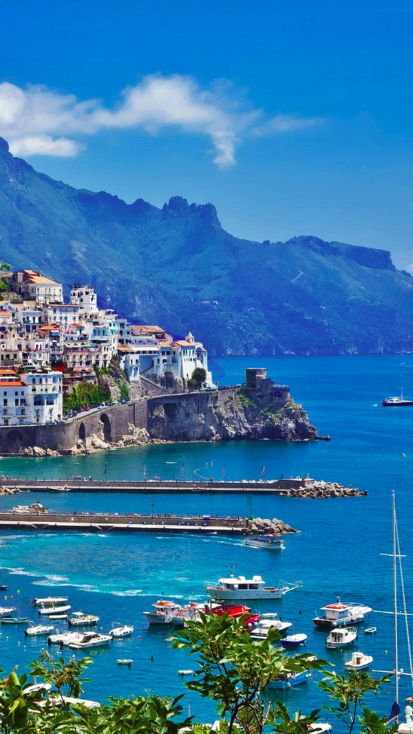Greece Island City Port iPhone 6 Background