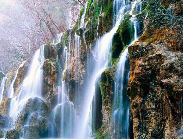 Magnificent Waterfall Wallpaper