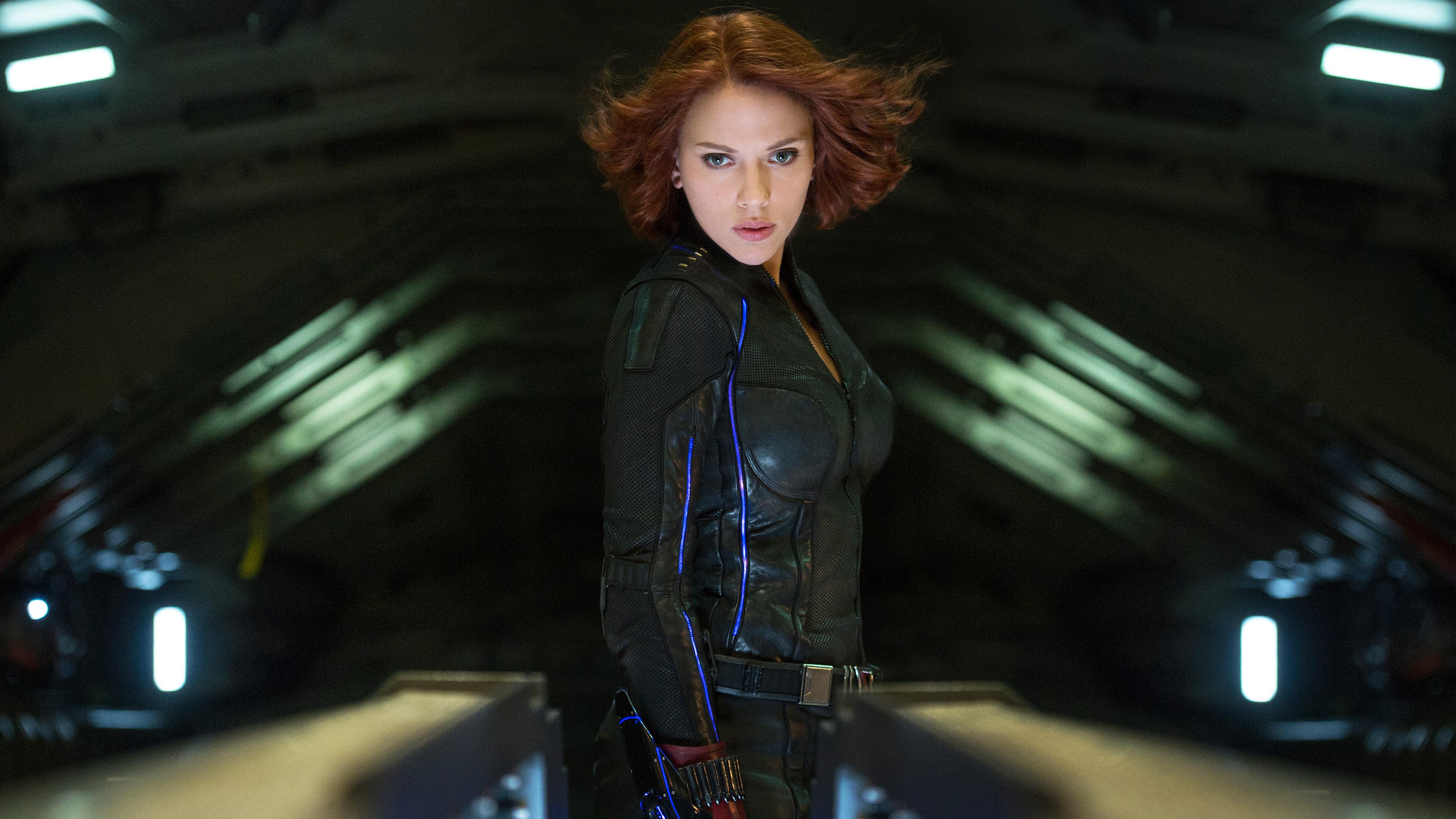 Avengers Scarlett Johansson Wallpaper