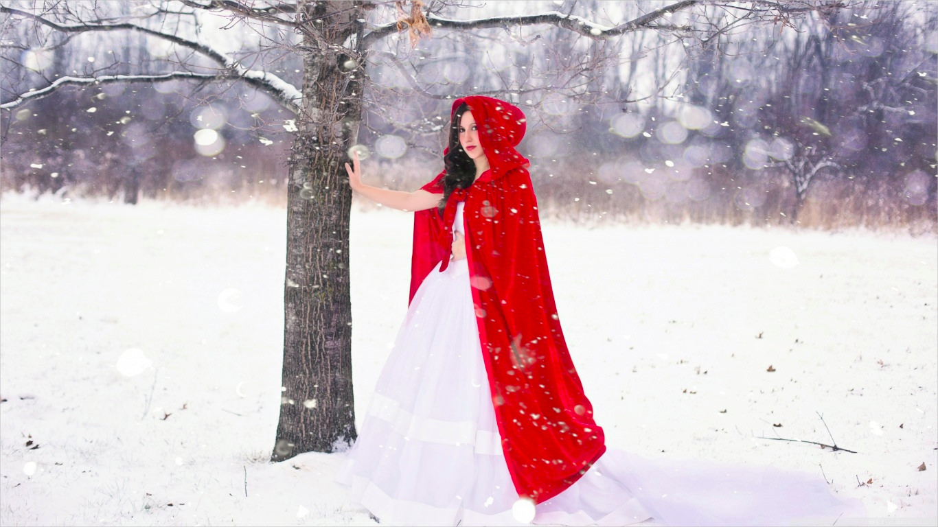 Red Riding Hood Winter Wallpaper