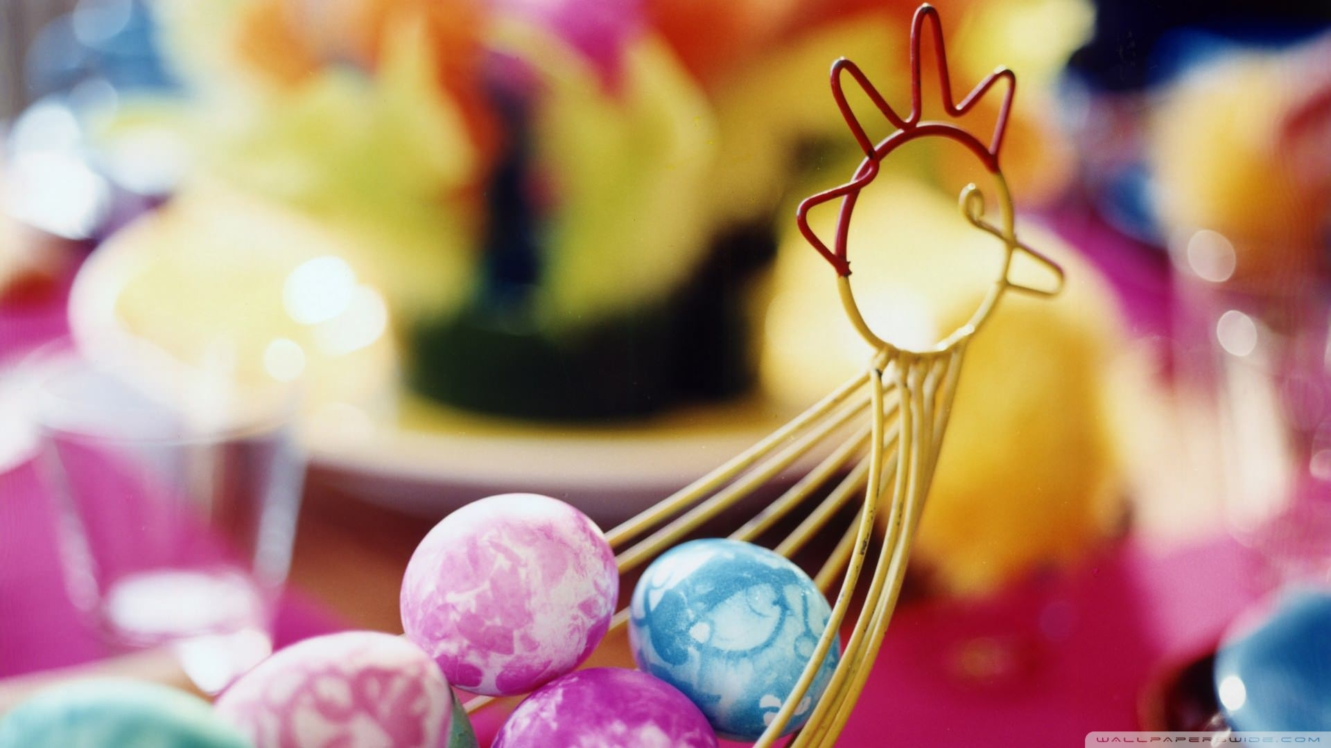 Download Basket Of Easter Eggs wallpaper