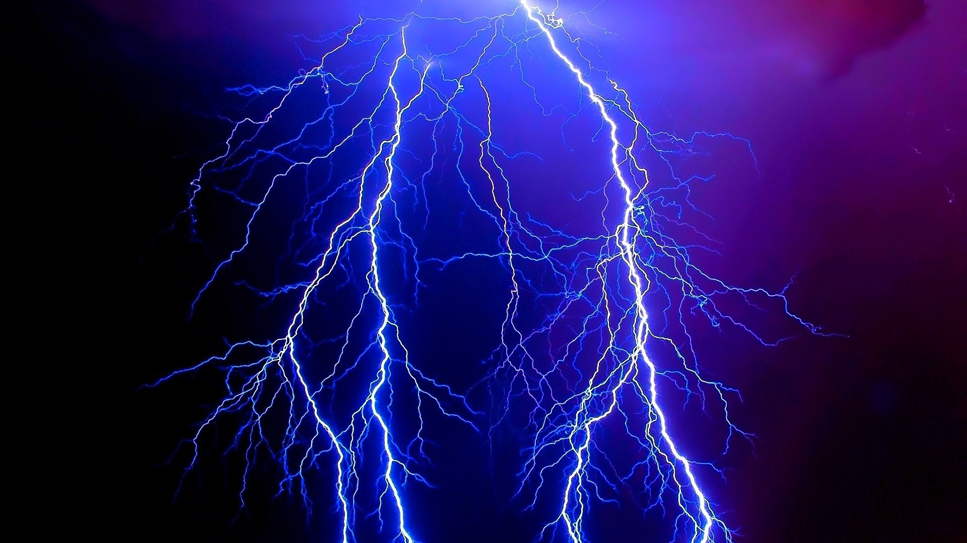 Dangerous Lightning Wallpaper