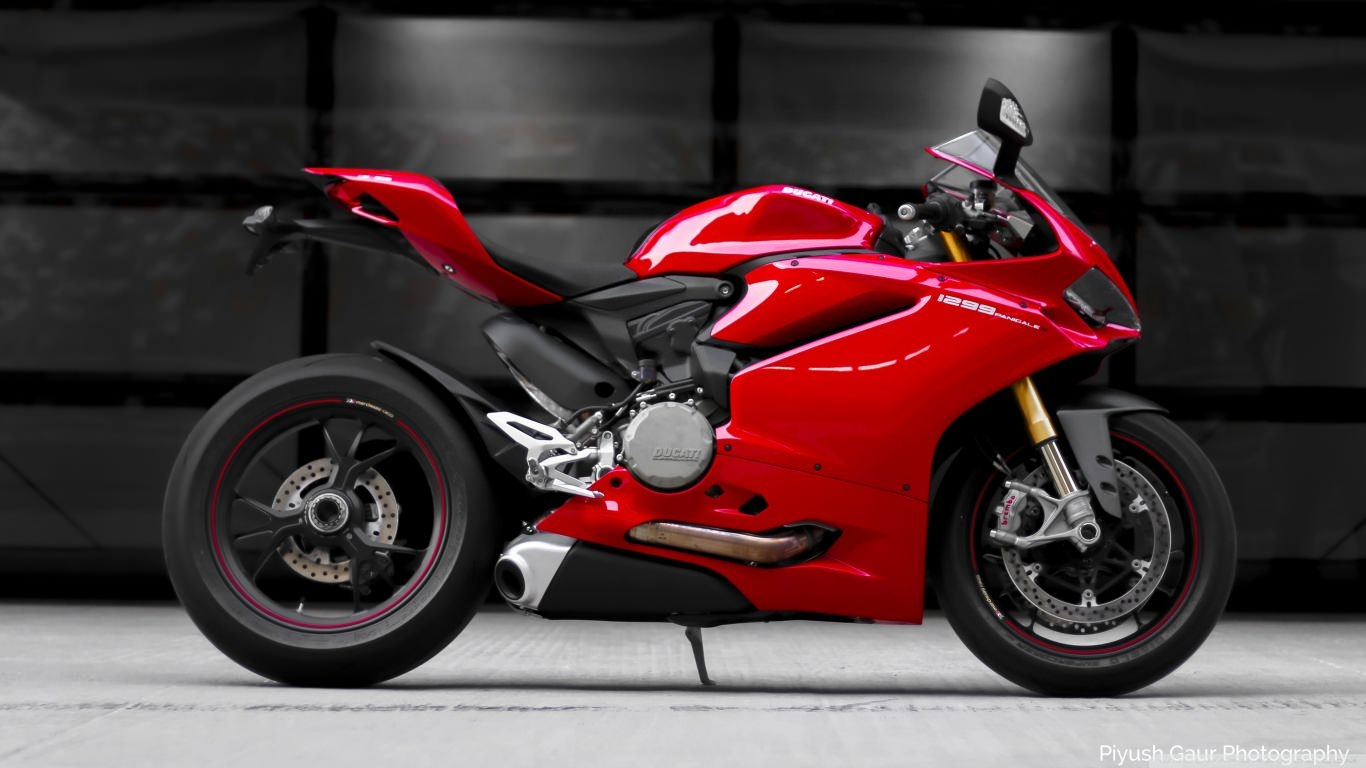 Ducati Panigale 1299S Wallpaper