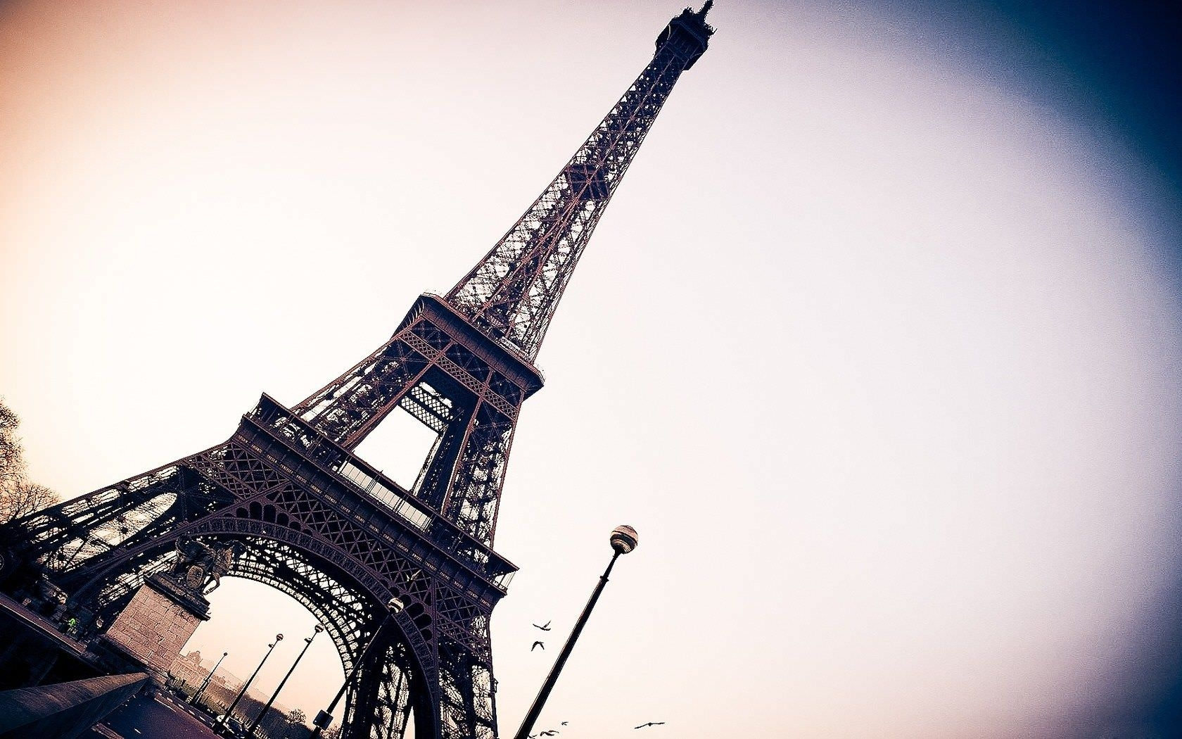 Cute Eiffel Tower Wallpaper Desktop Background #x55a3 aHuHaH.com ...