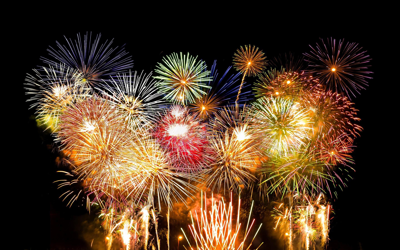 Fantastic Fireworks Wallpaper