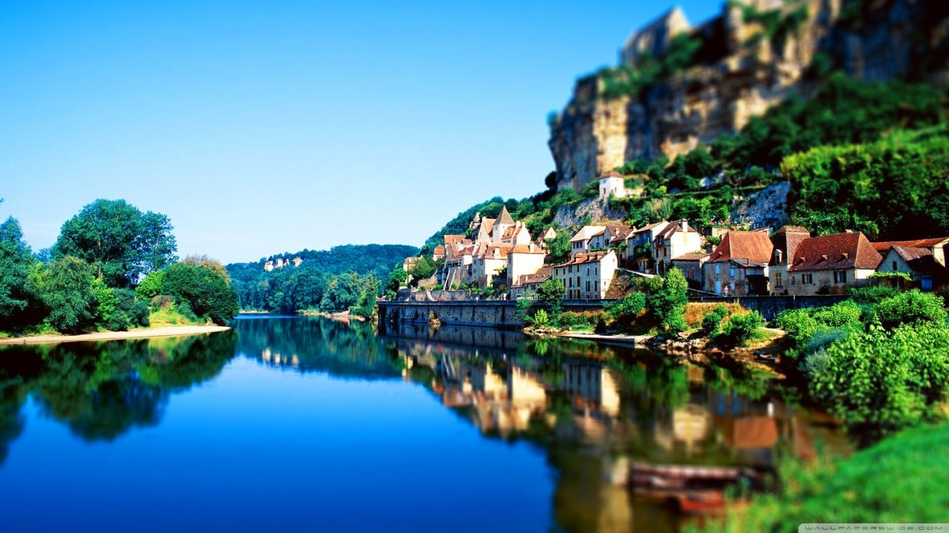 France Tilt-Shift Nature Wallpaper
