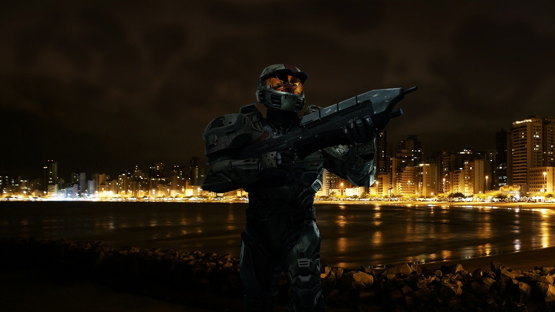 Halo Soldier at Beach Wallpaper