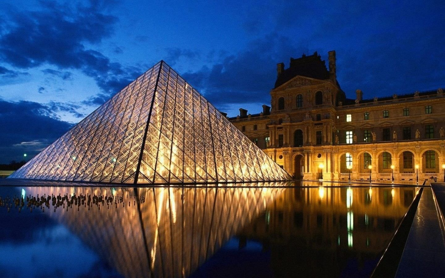Louvre Paris Background