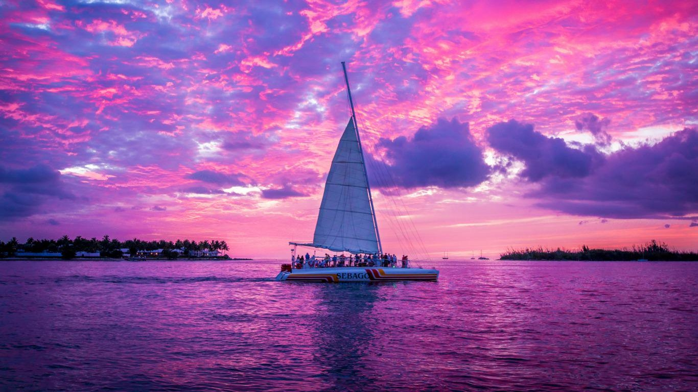 Pink Sunset Sailing Wallpaper