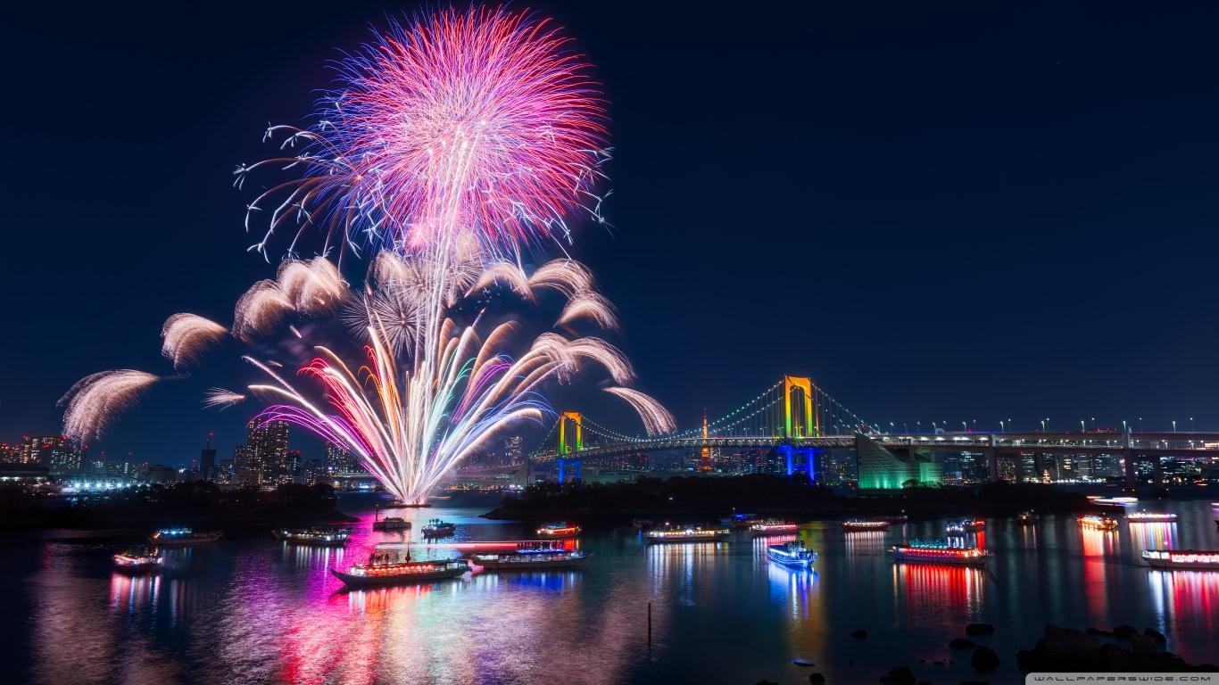 Tokyo Fireworks Wallpaper