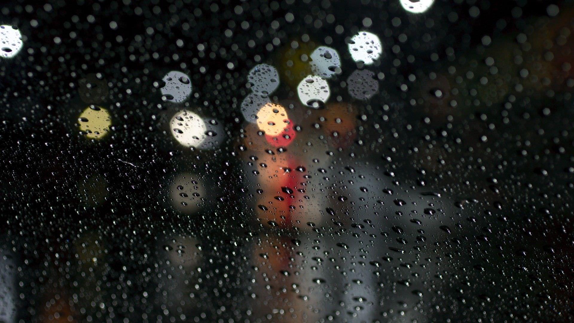 Water drops On Glass Wallpaper