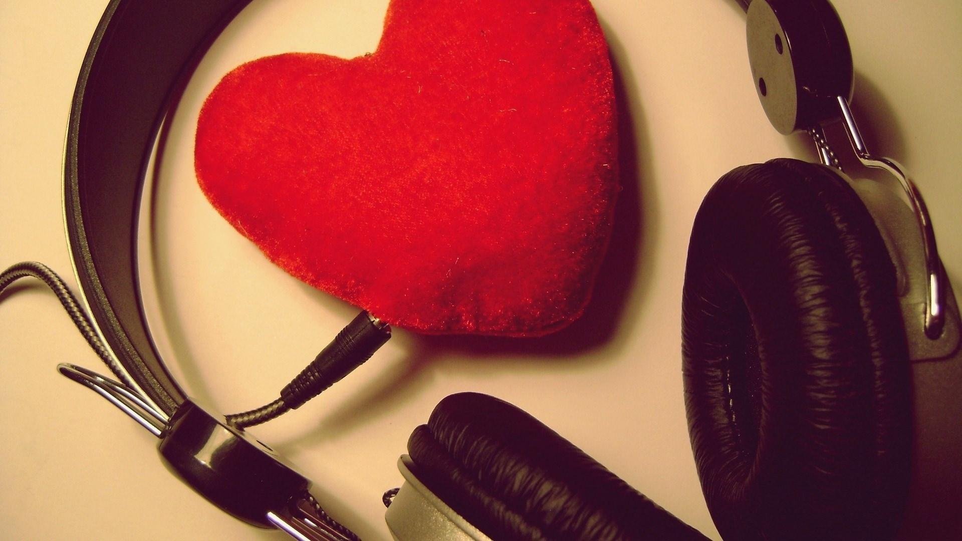 Amazing Headphone with Heart