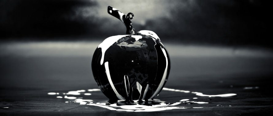 Black Abstract Creative Glass Apple Wallpaper