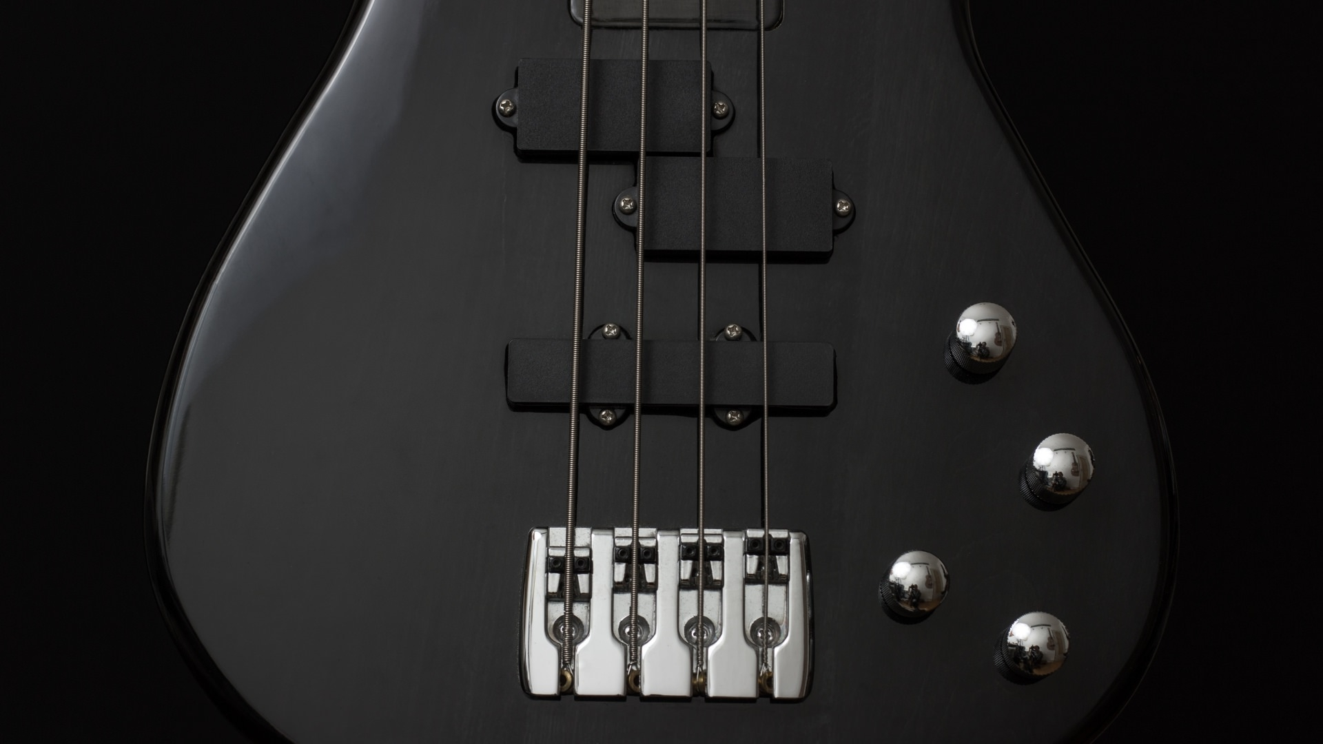 Black Bass Guitar Wallpaper