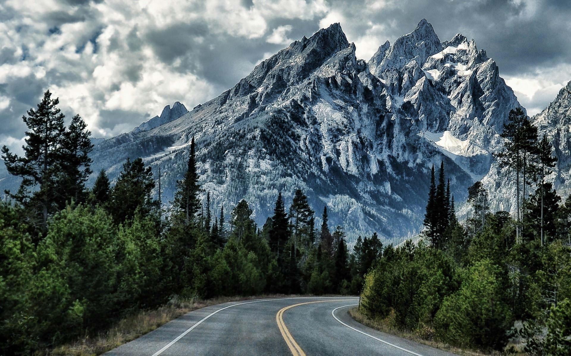 Download Wallpaper Mountain Green - Blue-Mountains-Green-Road-Wallpaper  Graphic_398058.jpg