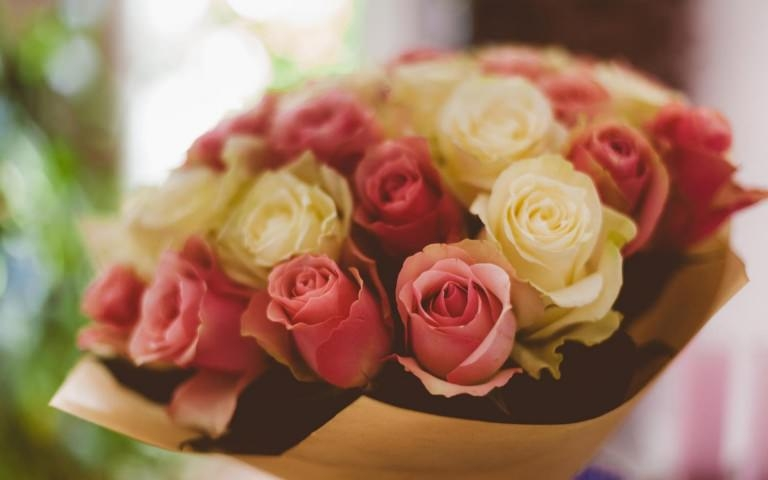 Bouquet of Roses Wallpaper
