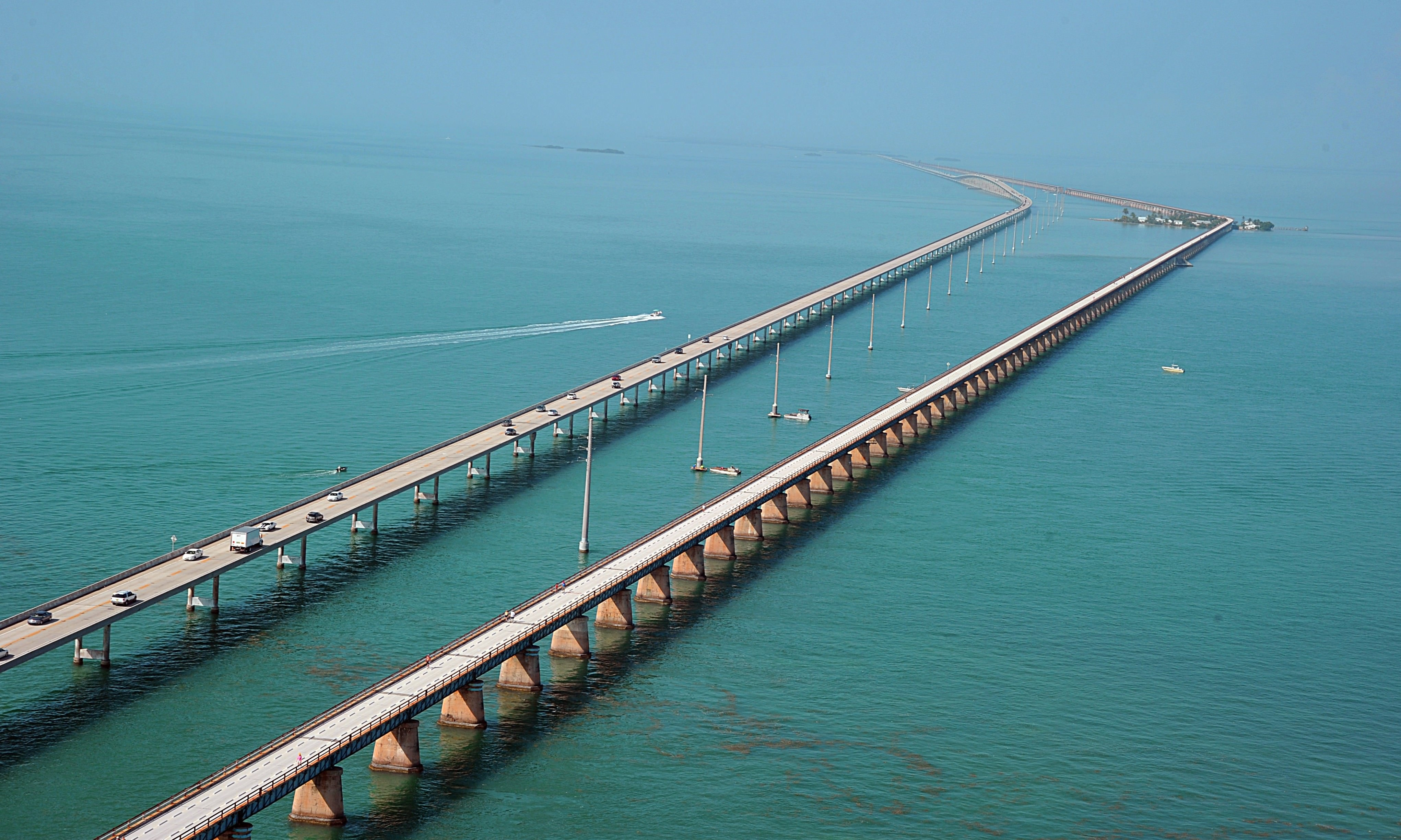 Bridge in Florida United States for Laptop