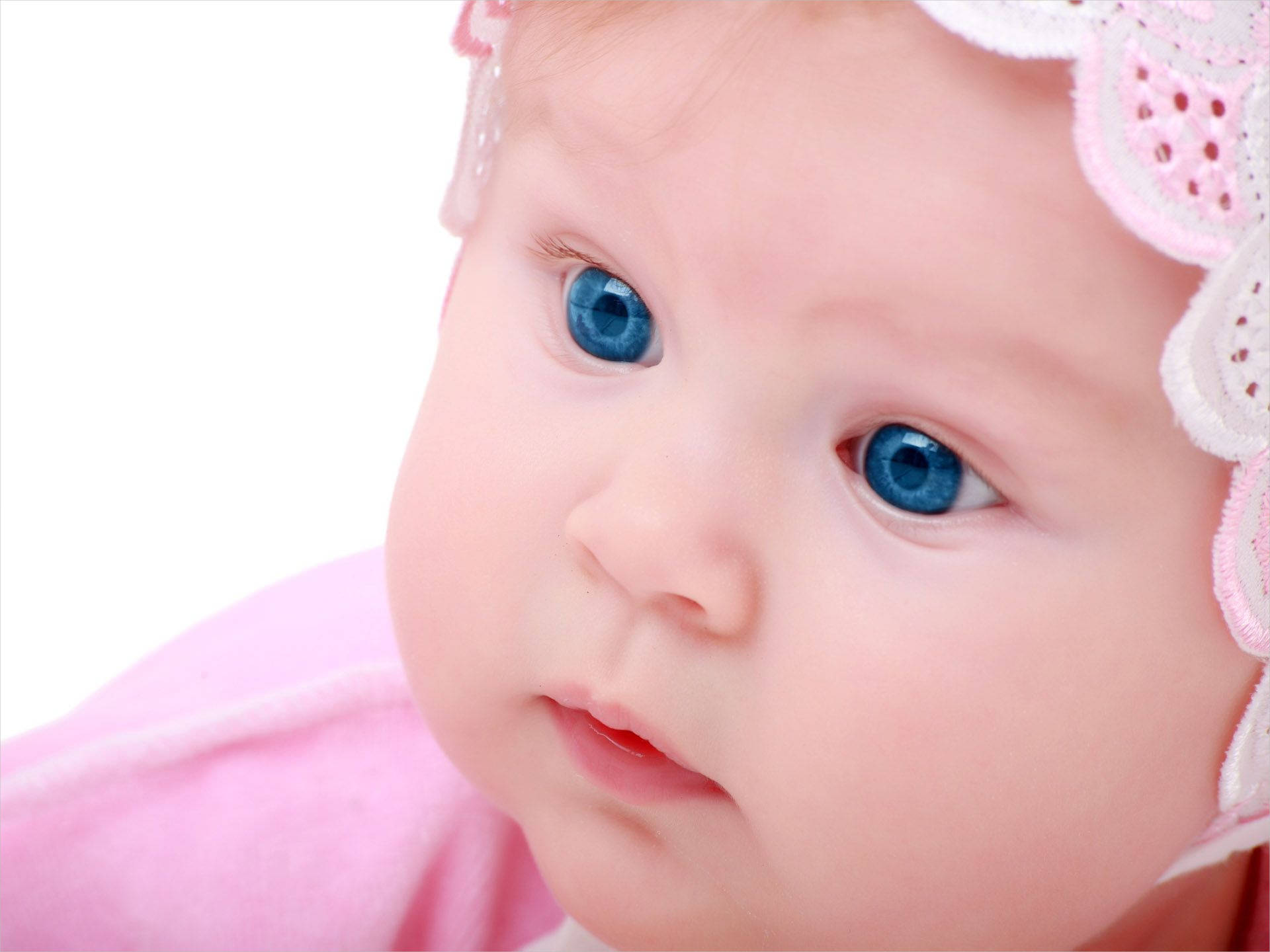 Cute Baby Girl with Blue Eyes Wallpaper