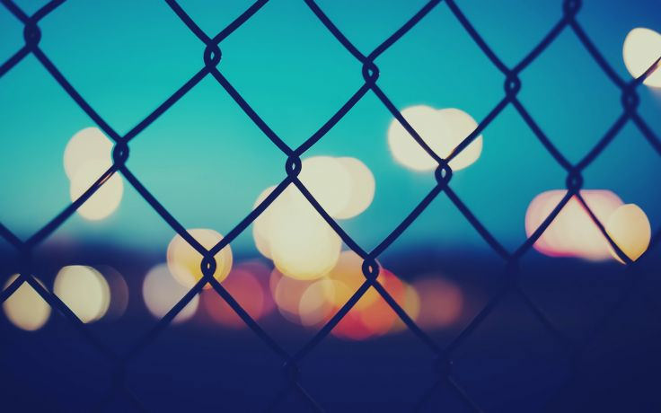 Fence Bokeh Chain Wallpaper