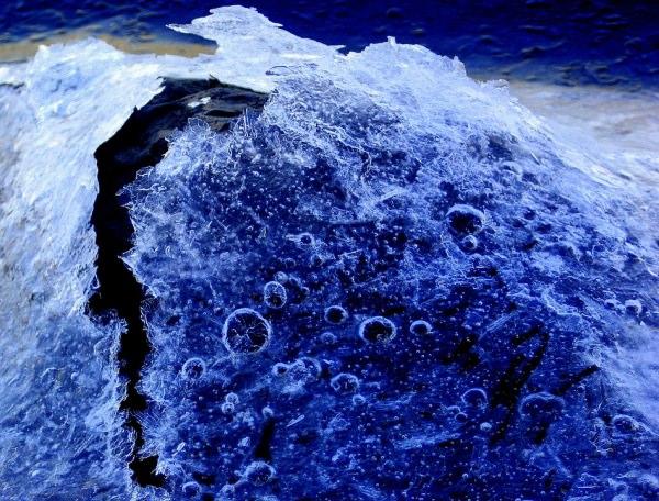 frozen blue crystal bckground