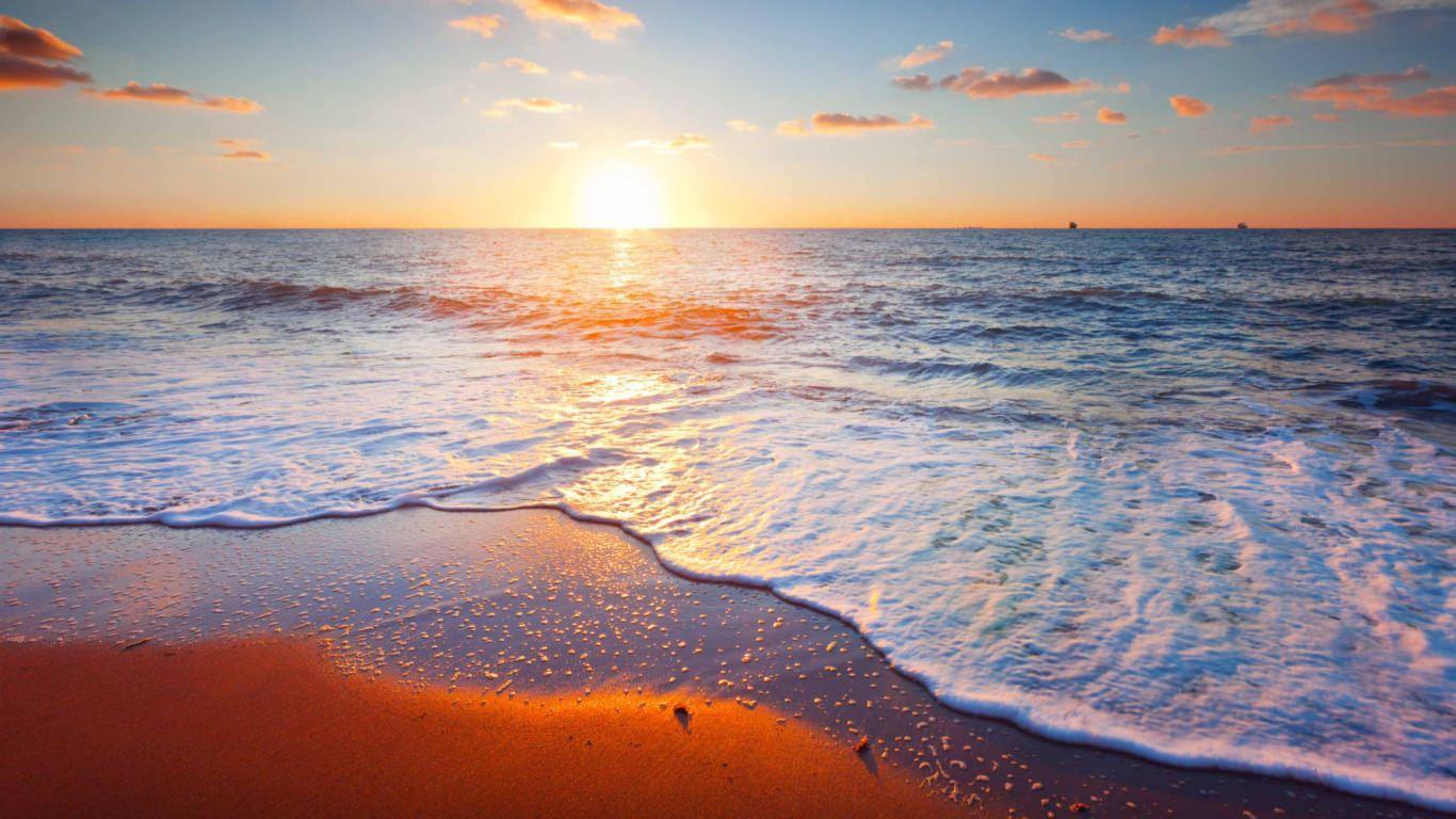 Golden Beach Sunrise Mac Wallpaper