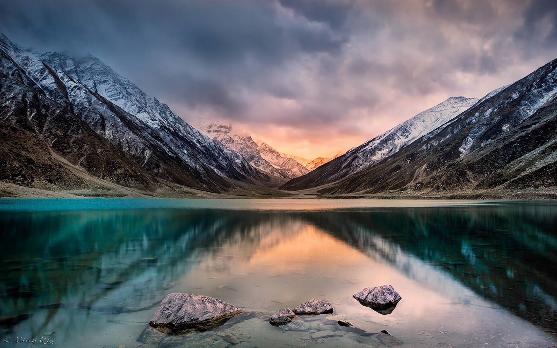 Jheel Saif Ul Malook Lake Wallpaper