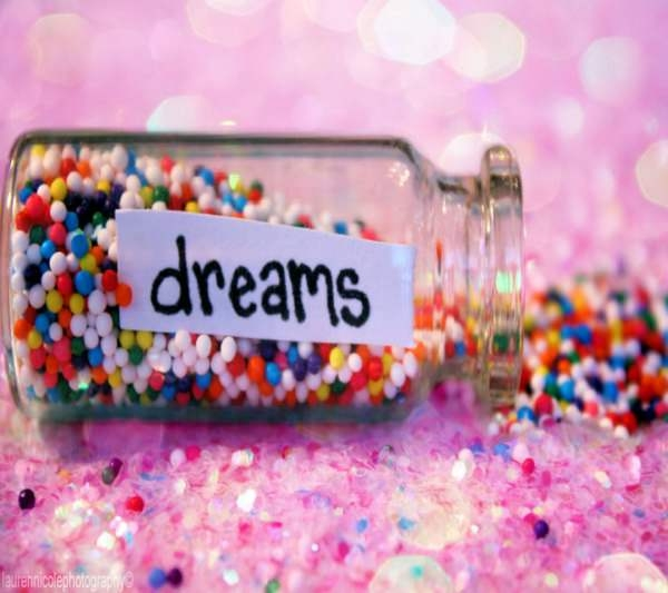 Sweet Dreams Background Wallpaper