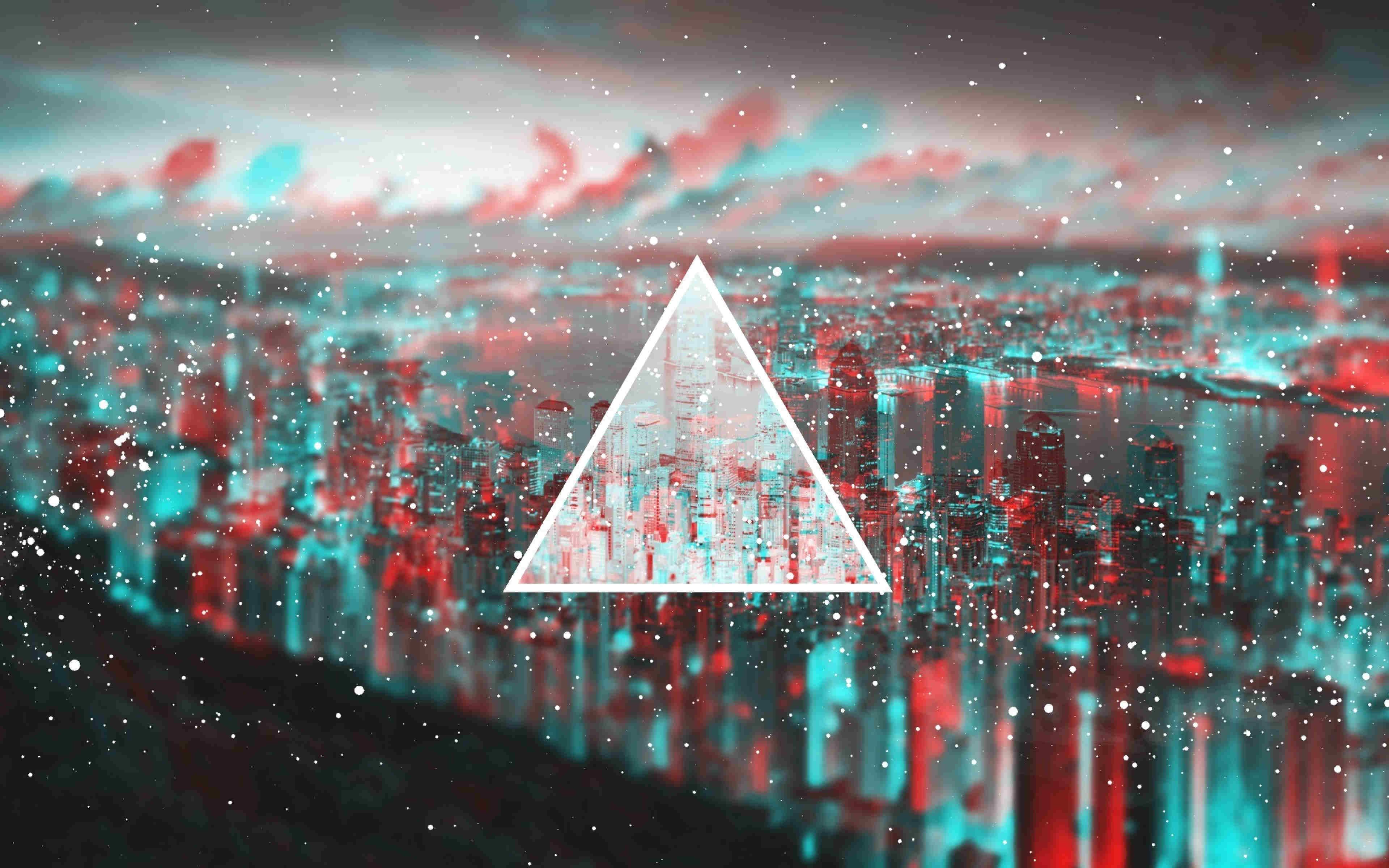 Triangle Light Blurred Wallpaper