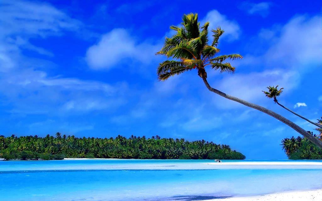 Tropical Island Beaches Desktop Wallpaper